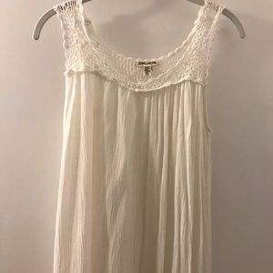 Billabong white cover up with crochet straps XS/S